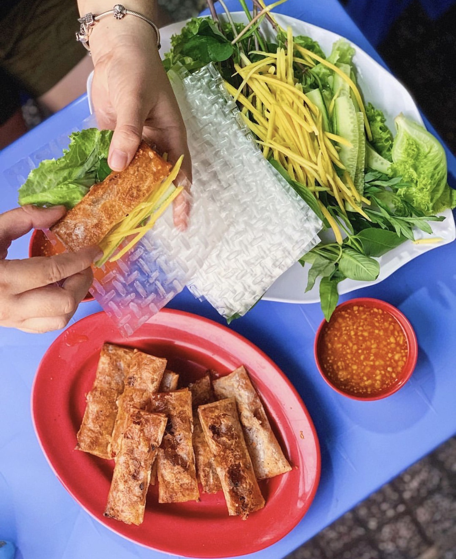 "6 mon cuon banh trang noi tieng Viet Nam, nghe ten ""them nho dai"""