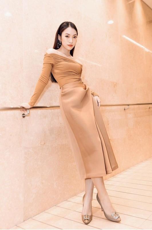 Khanh Vy dien style don gian, sang chanh chi em hoc theo ran ran-Hinh-11
