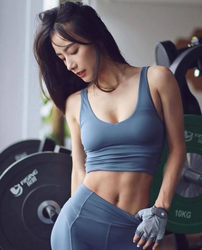Nu gymer xinh dep nhu me hon nho voc dang san chac-Hinh-4