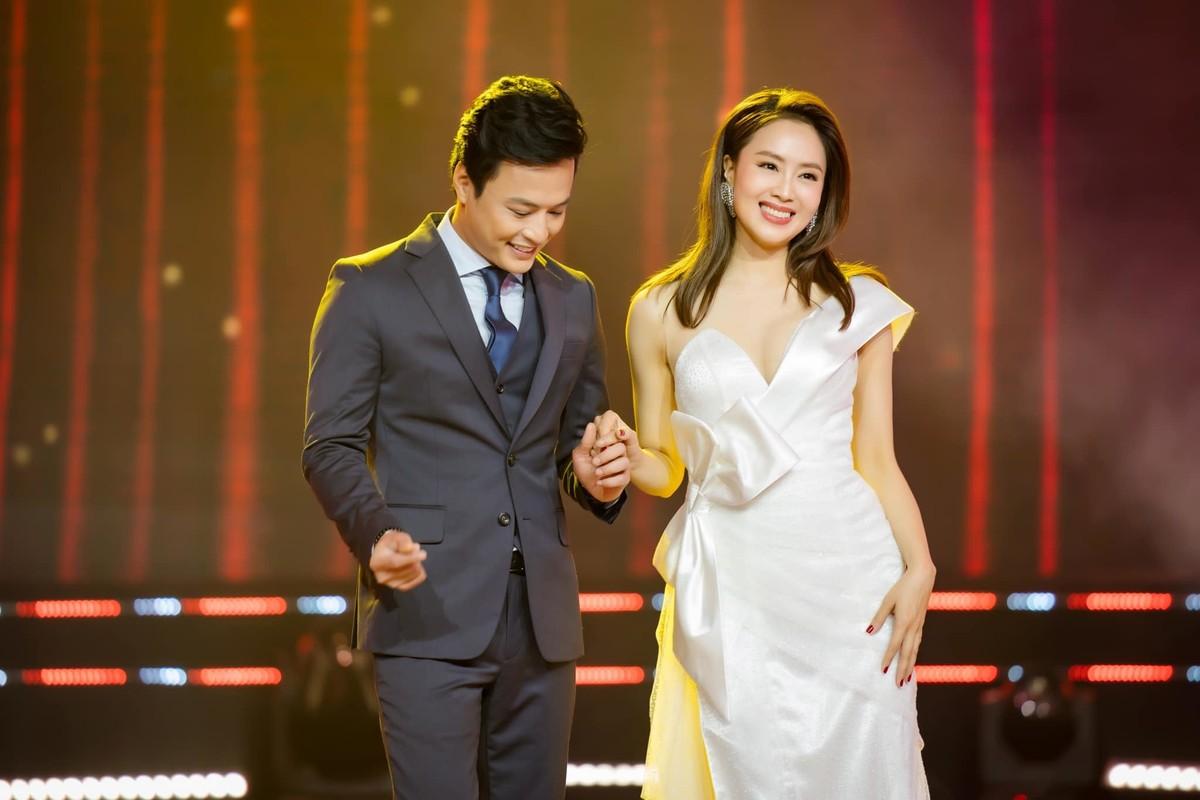 Hong Diem - Hong Dang chia tay van gay bao man anh-Hinh-12
