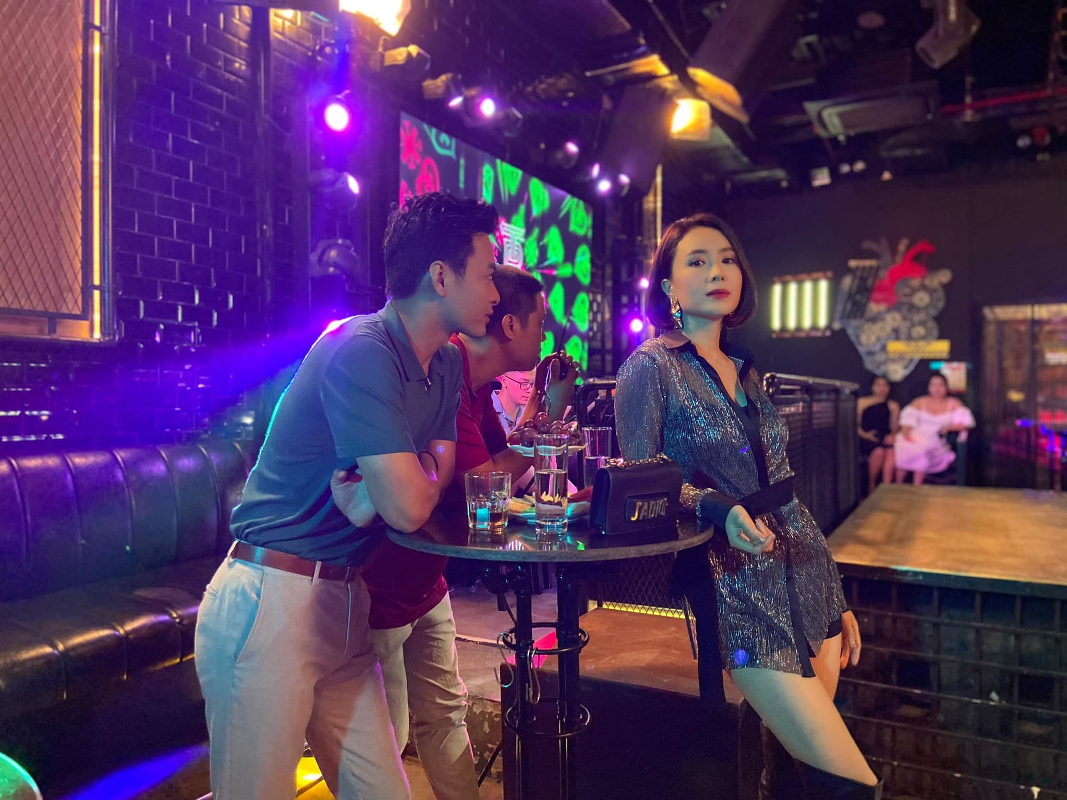 Hong Diem - Hong Dang chia tay van gay bao man anh-Hinh-2