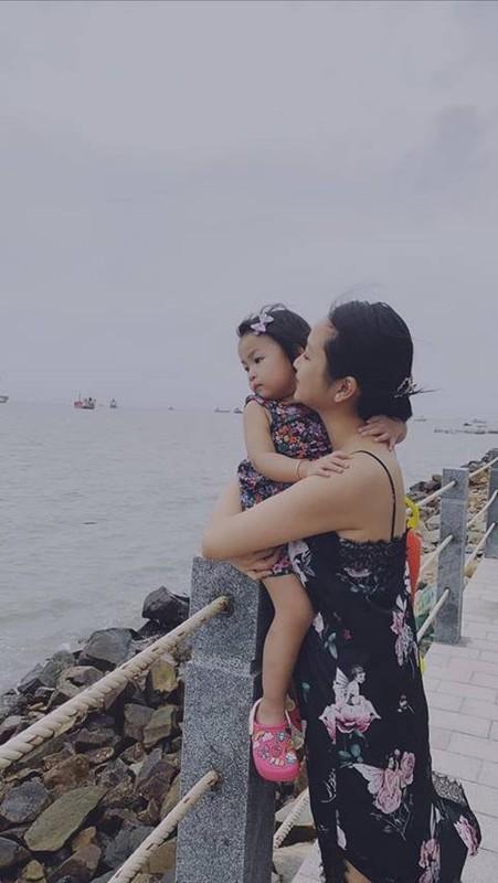 Con gai 3 tuoi xinh xan cua Lam Truong va vo 9X-Hinh-5