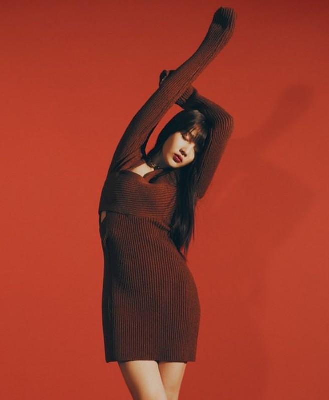 My nhan Red Velvet mac do xuyen thau, goi cam tren tap chi-Hinh-6