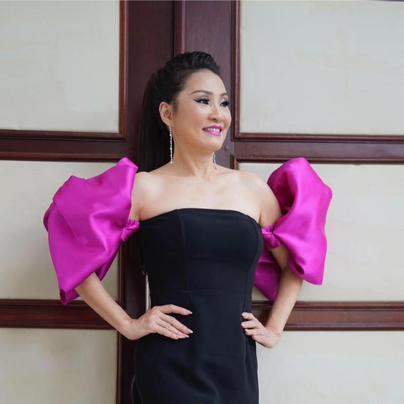 Nhan sac thoi tre cua Hong Dao-Hinh-6