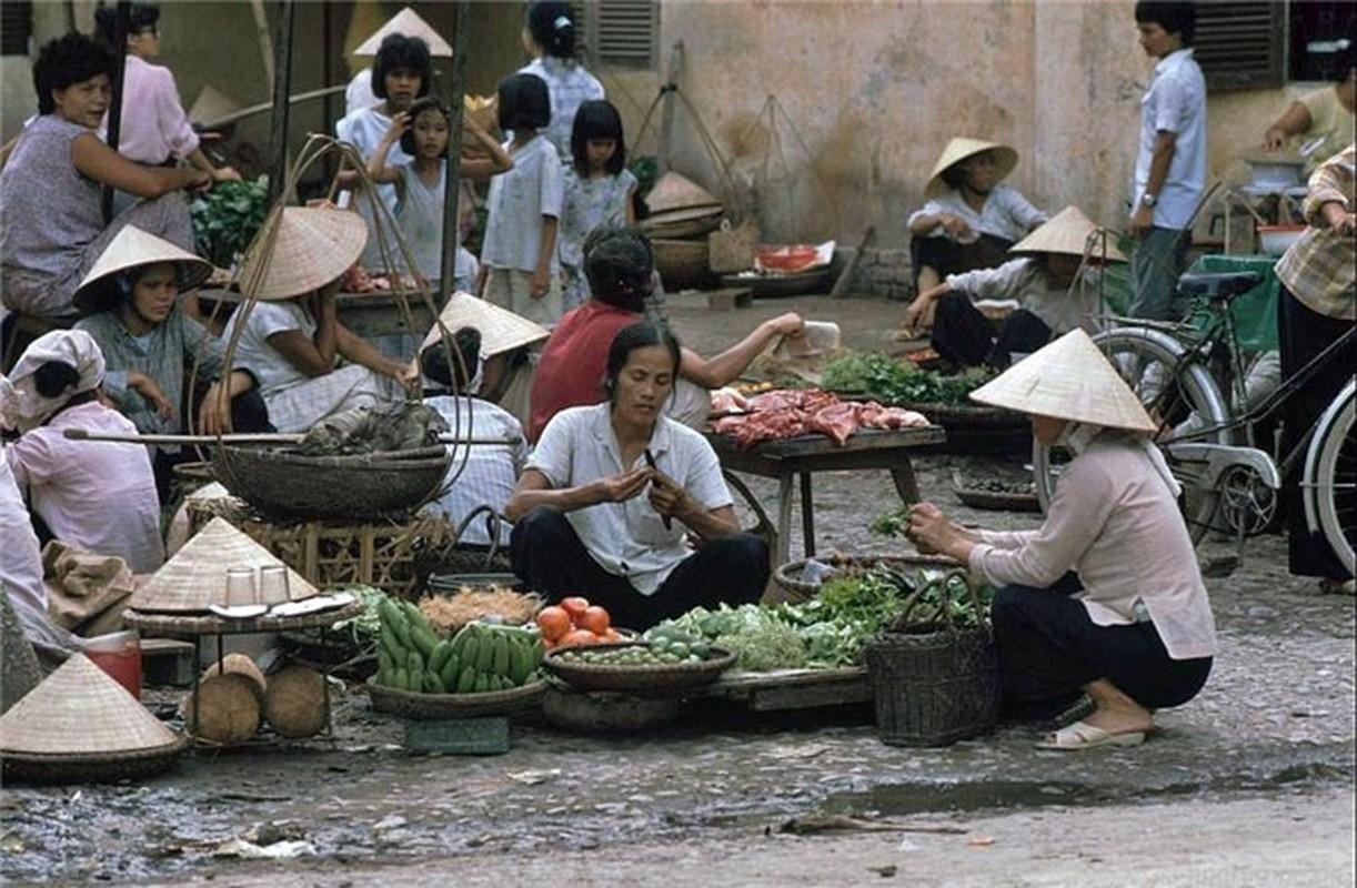 Nhip song Ha Noi qua nhung khu cho pho co nhung nam 1990-Hinh-11