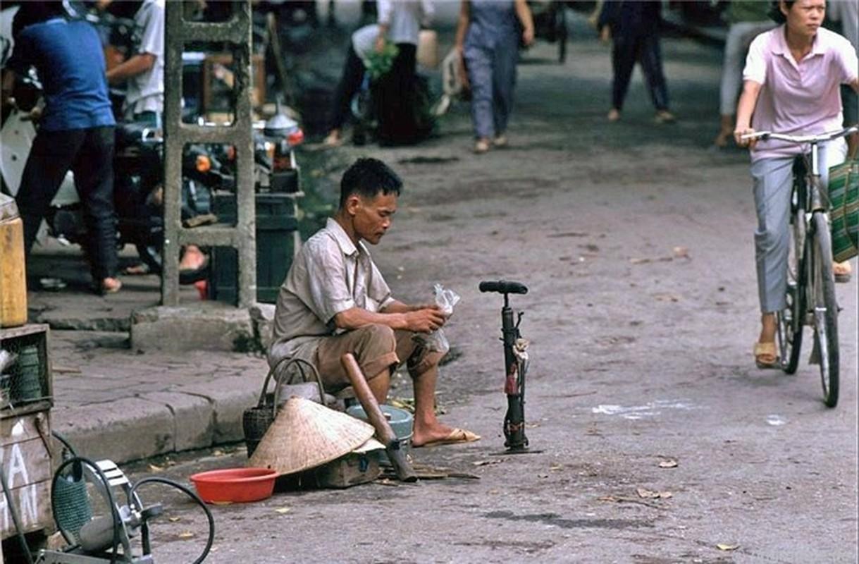Nhip song Ha Noi qua nhung khu cho pho co nhung nam 1990-Hinh-13