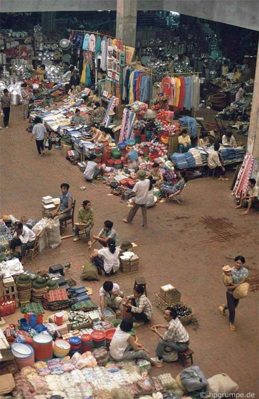 Nhip song Ha Noi qua nhung khu cho pho co nhung nam 1990-Hinh-2