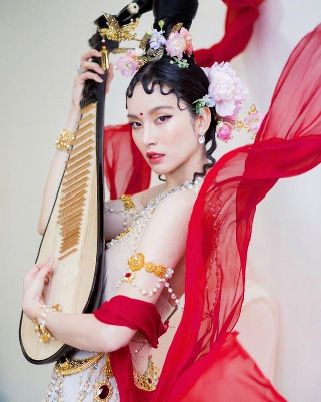Cuoc song doi thuong cua Nong Poy sau 17 nam chuyen gioi-Hinh-5