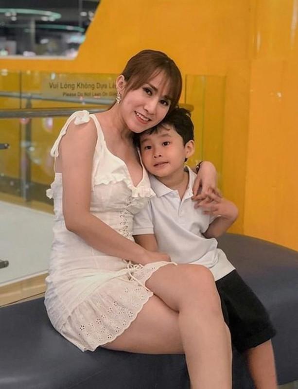Thanh vien nhom May Trang dinh dam mot thoi gio ra sao?-Hinh-7