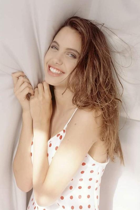 Me man nhan sac la Angelina Jolie thoi tho au-Hinh-5