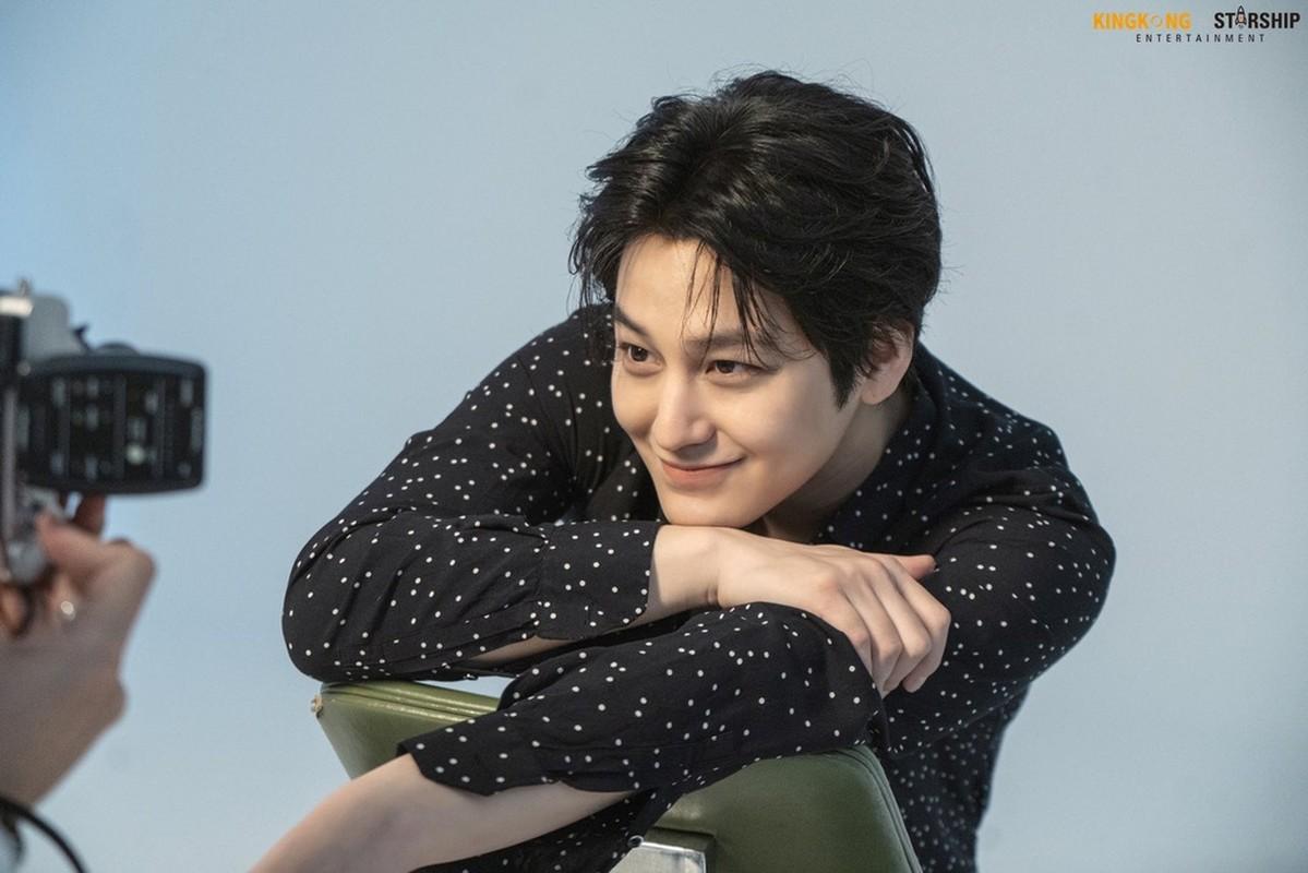 Kim Bum sau 11 nam dong 'Vuon sao bang'-Hinh-3