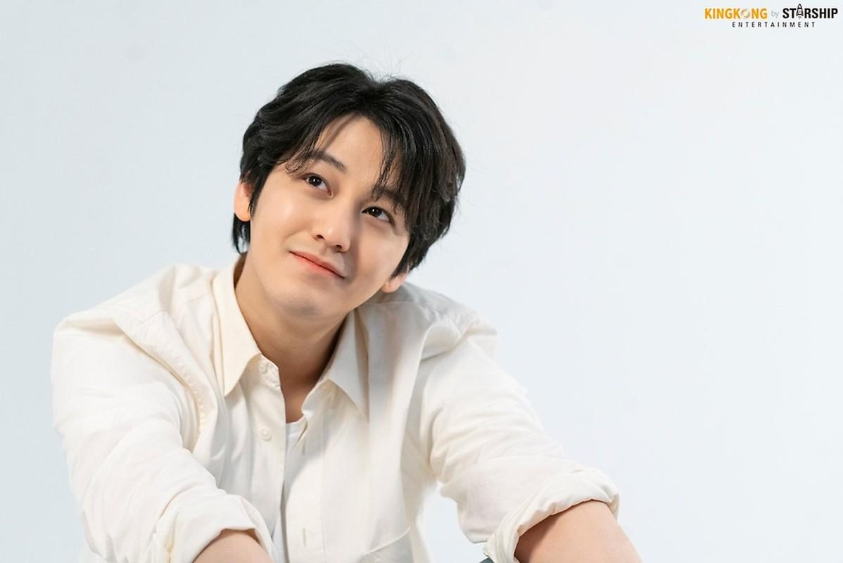 Kim Bum sau 11 nam dong 'Vuon sao bang'-Hinh-4