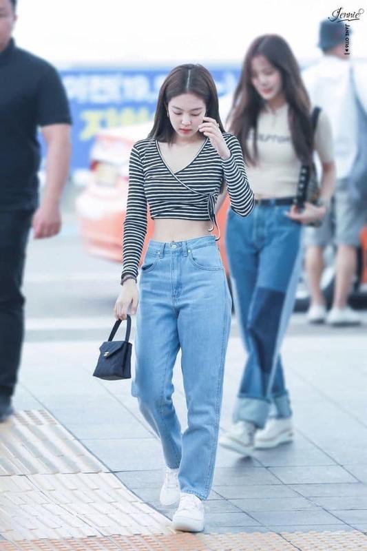 Mix do voi croptop don gian ma dep nhu Jennie (BlackPink)-Hinh-5