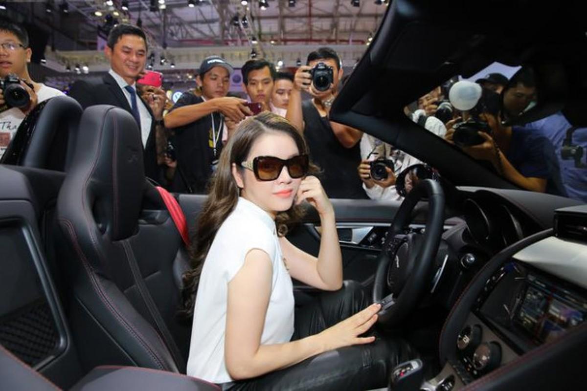 Ly Nha Ky - tay choi xe sang thu thiet trong lang showbiz Viet-Hinh-7