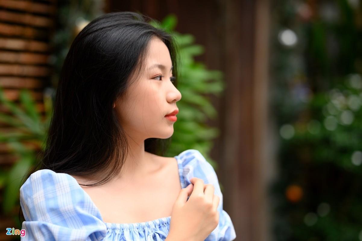 Nhan sac con gai 15 tuoi cua Luu Thien Huong ngoai doi-Hinh-2