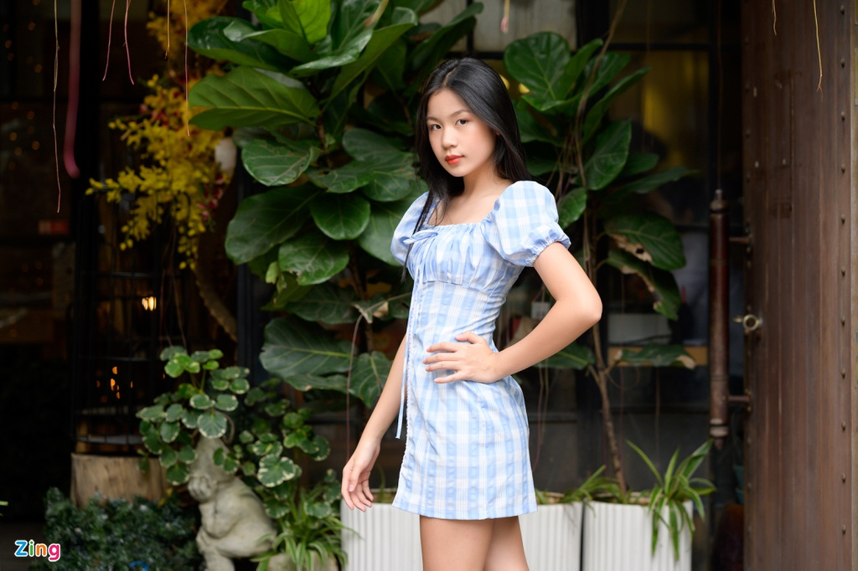 Nhan sac con gai 15 tuoi cua Luu Thien Huong ngoai doi-Hinh-3