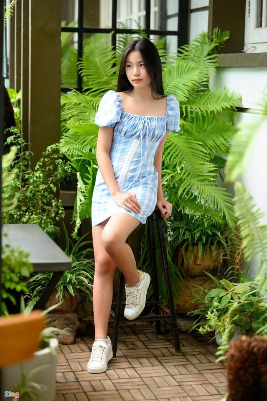 Nhan sac con gai 15 tuoi cua Luu Thien Huong ngoai doi-Hinh-5