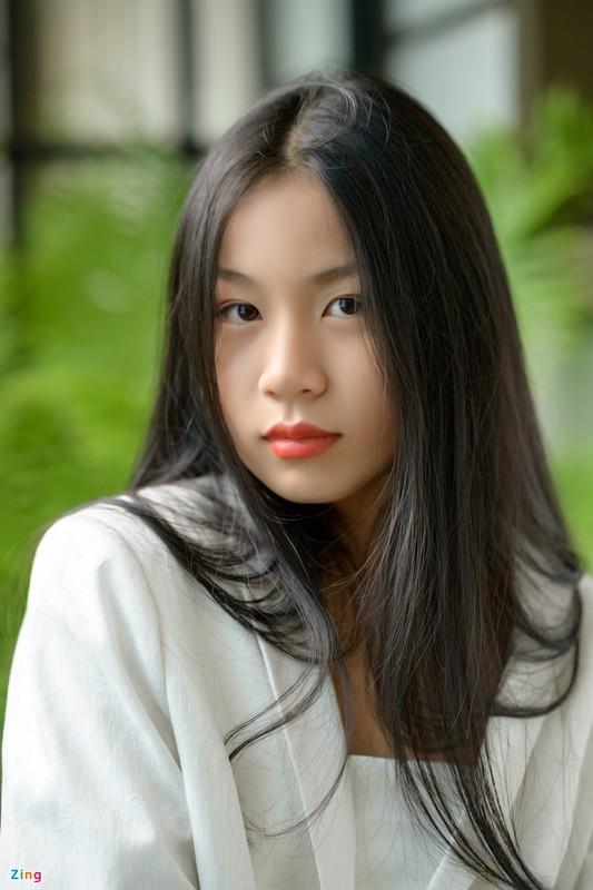 Nhan sac con gai 15 tuoi cua Luu Thien Huong ngoai doi-Hinh-7