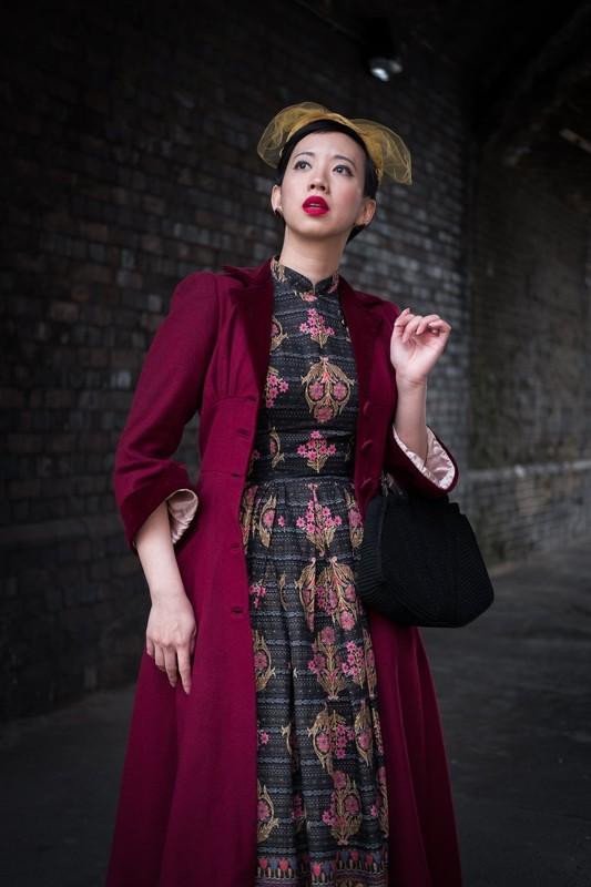 3 fashionista noi tieng voi cach an mac phong cach co dien-Hinh-11