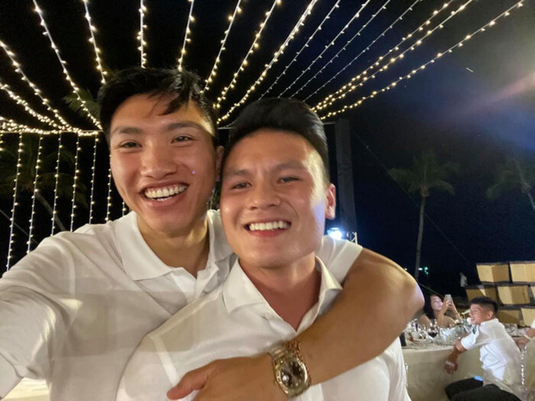 Cau thu dong loat tiet lo thiet hai sau dam cuoi Cong Phuong-Hinh-4
