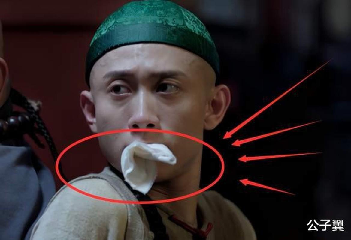 Phim co trang Trung Quoc bi che gia khi dung cau tu ky gia lam mau-Hinh-6