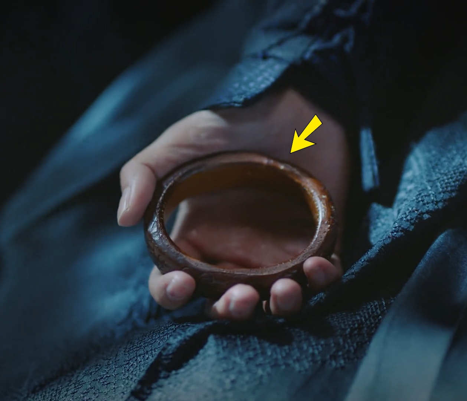 Phim co trang Trung Quoc bi che gia khi dung cau tu ky gia lam mau-Hinh-9