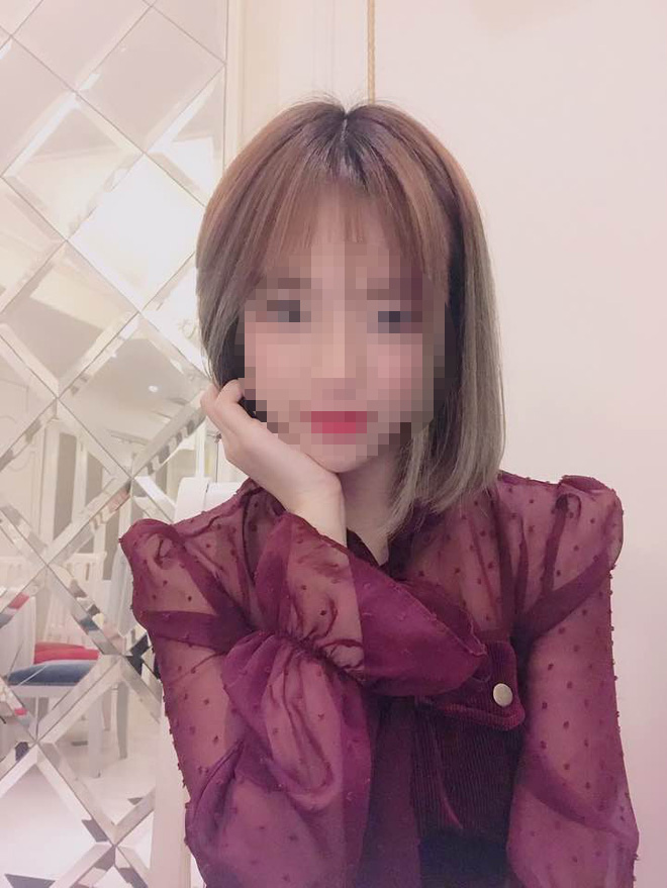 Streamer Ha Tieu Phu bi ban gai xinh dep cam sung la ai?-Hinh-5