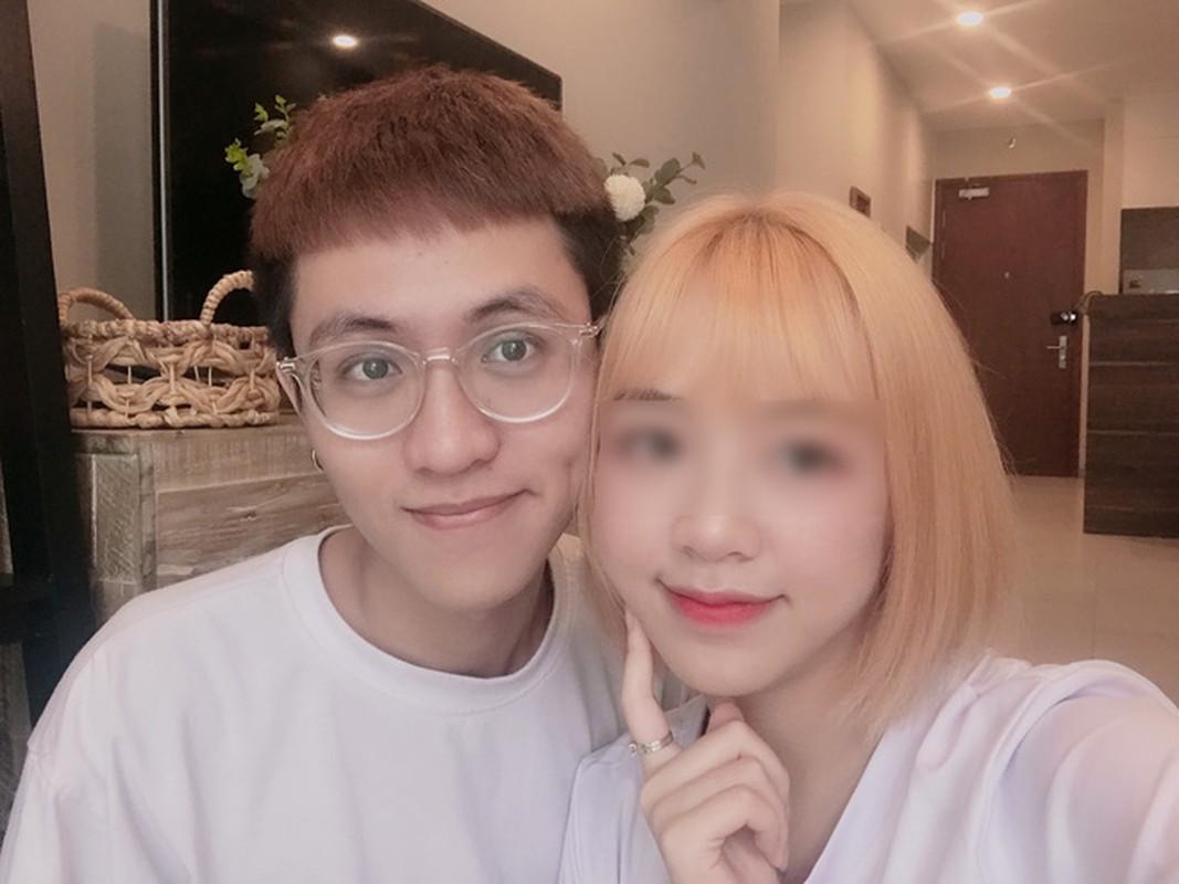 Streamer Ha Tieu Phu bi ban gai xinh dep cam sung la ai?