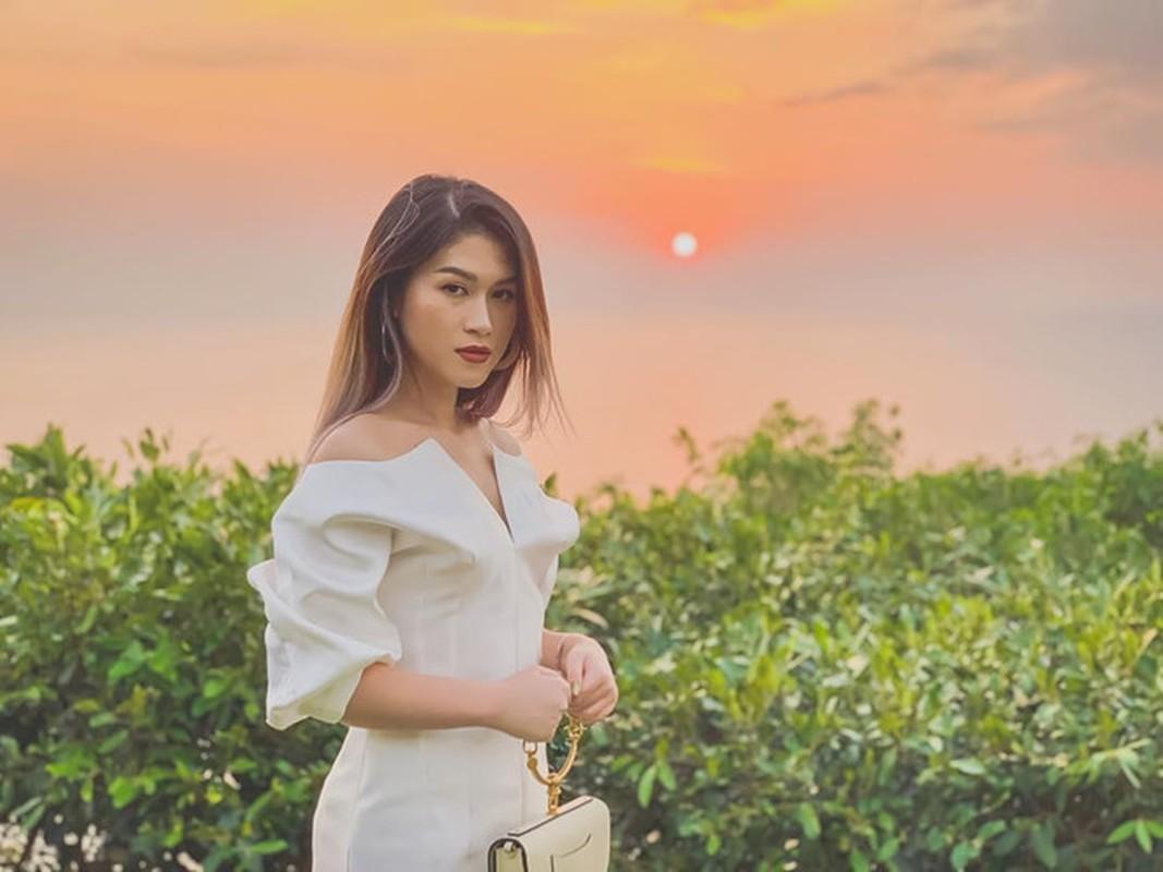 Ban than Primmy Truong toan tieu thu la ngoc canh vang-Hinh-12