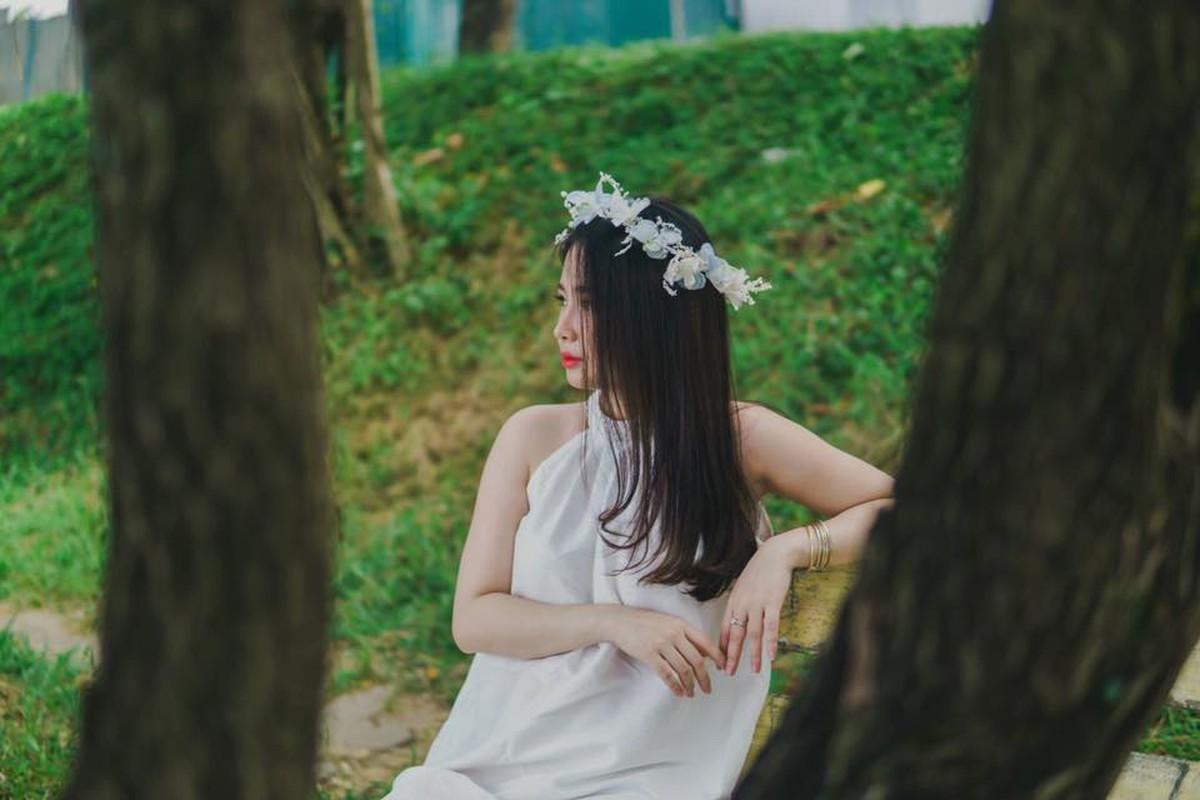 Nhan sac vo moi cuoi cua cau thu Hoang Van Khanh gay chu y-Hinh-7