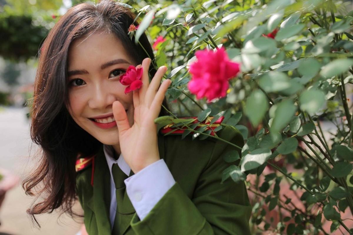 Nhung bong hong xinh dep cua HV Canh sat nhan dan-Hinh-3