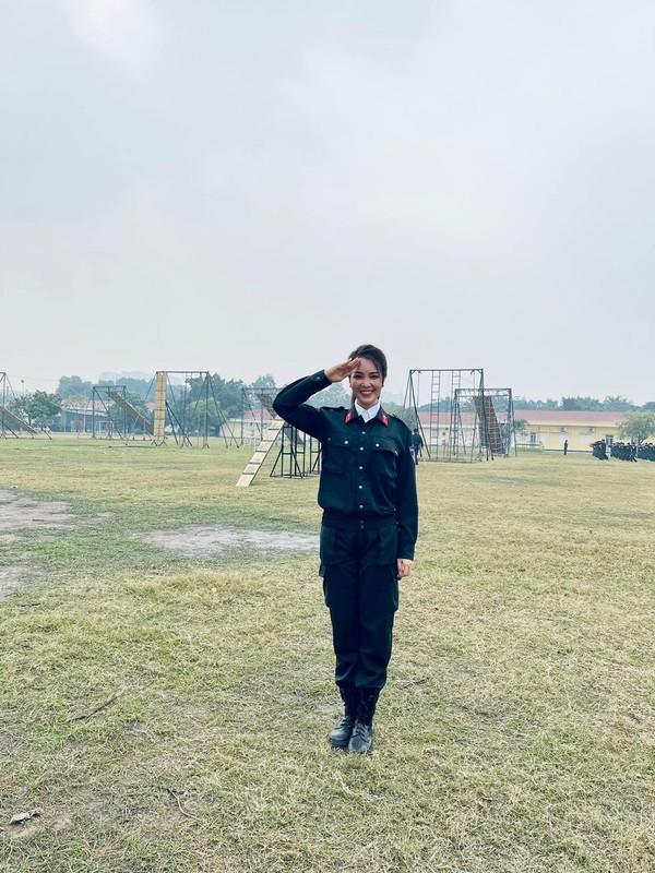 Do My Linh dien vay cat xe do duong cong dep mat-Hinh-13