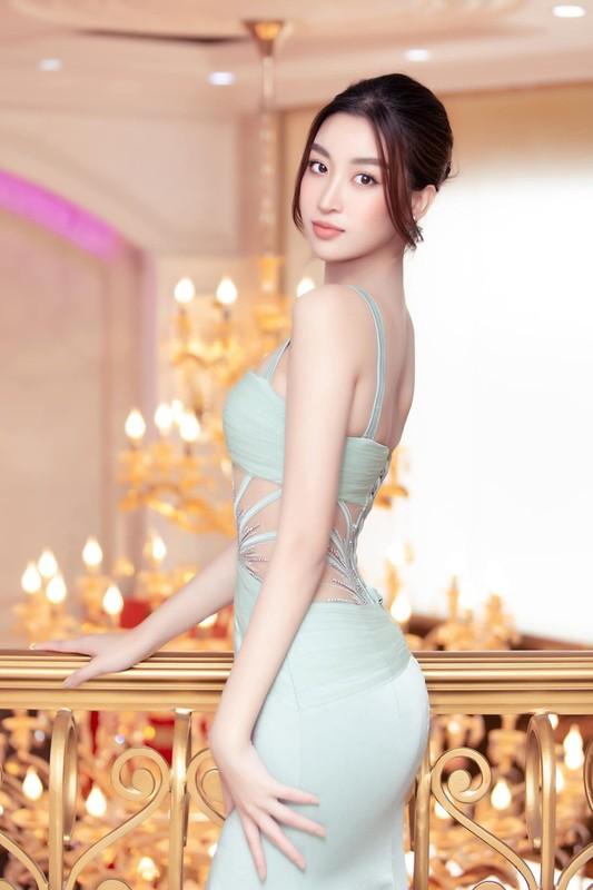 Do My Linh dien vay cat xe do duong cong dep mat-Hinh-5