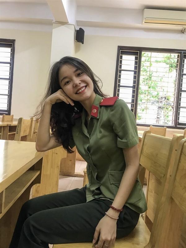 Nhan sac nu thu khoa tai nang cua Hoc vien An ninh nhan dan-Hinh-6