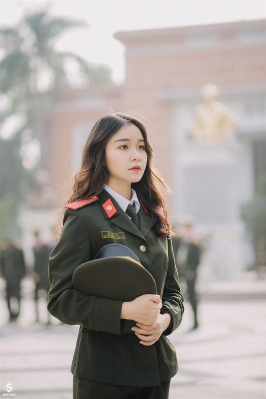 Nhan sac nu thu khoa tai nang cua Hoc vien An ninh nhan dan-Hinh-7