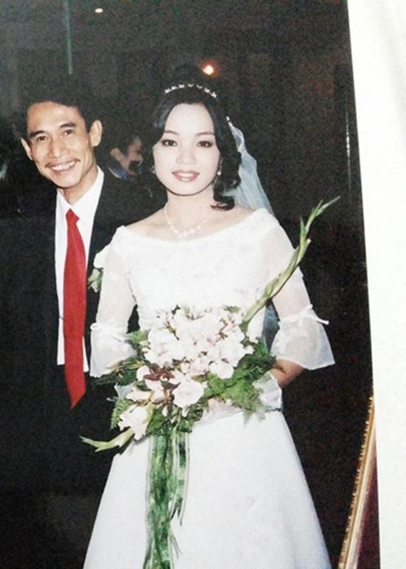 Nhung sao nam Viet lay vo kem hang chuc tuoi-Hinh-11