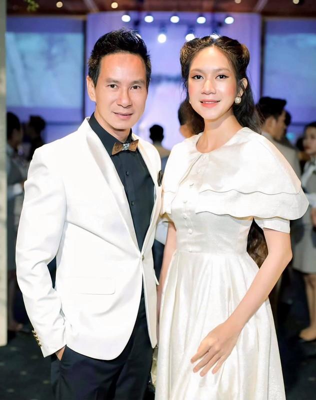 Nhung sao nam Viet lay vo kem hang chuc tuoi-Hinh-3