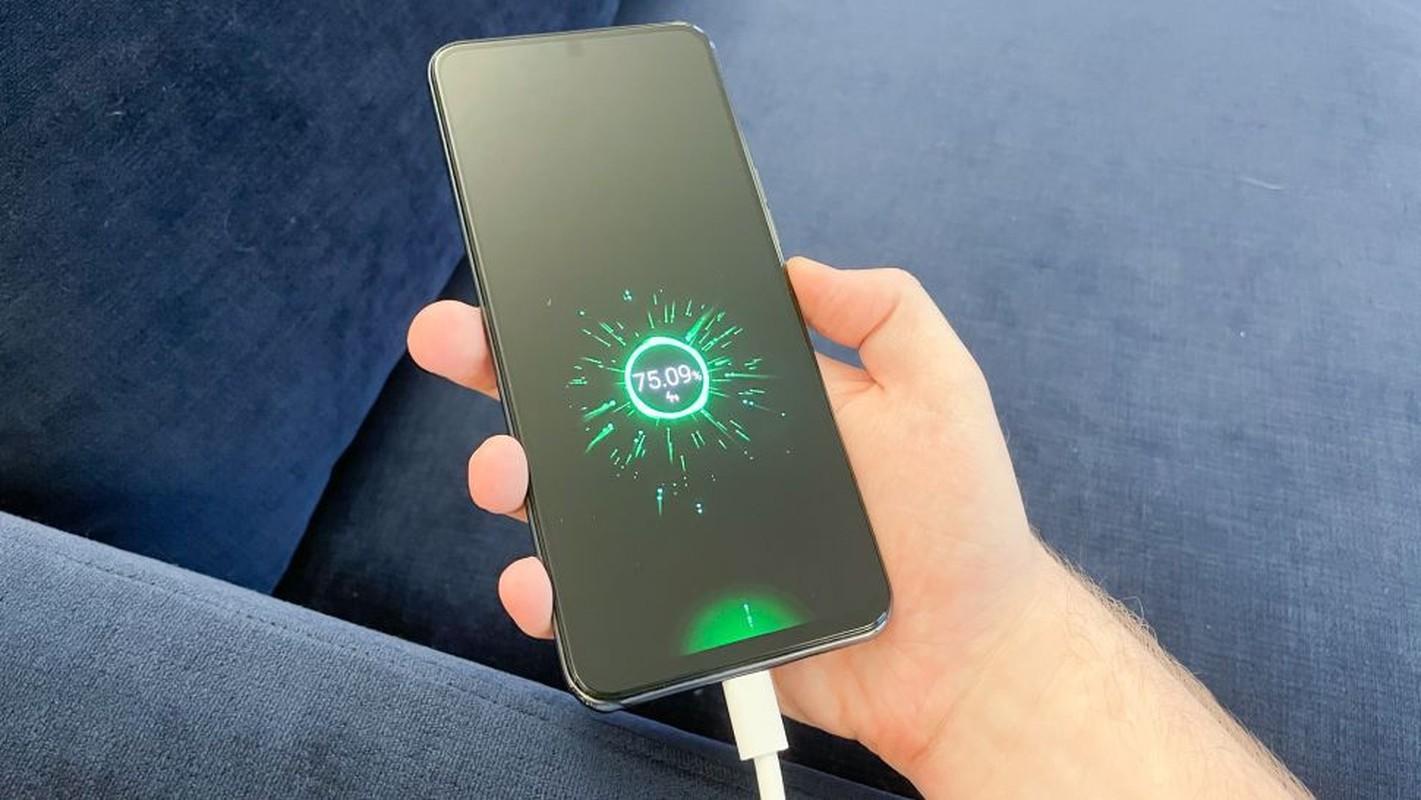 Smartphone co camera duoi man hinh cua ZTE-Hinh-13