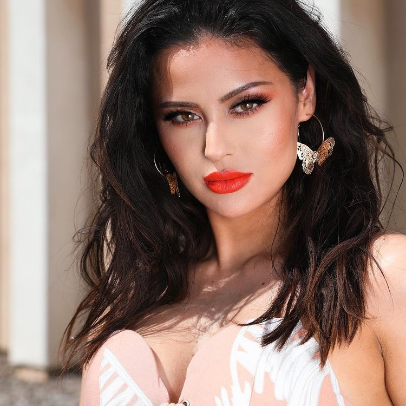 Ba me mot con Christen Dominique tro thanh beauty blogger dinh dam-Hinh-7
