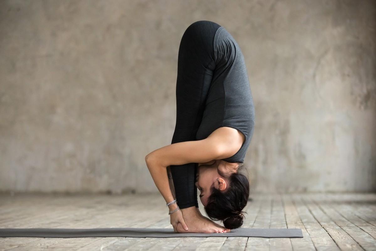 Nhung tu the yoga nen tap khi met moi
