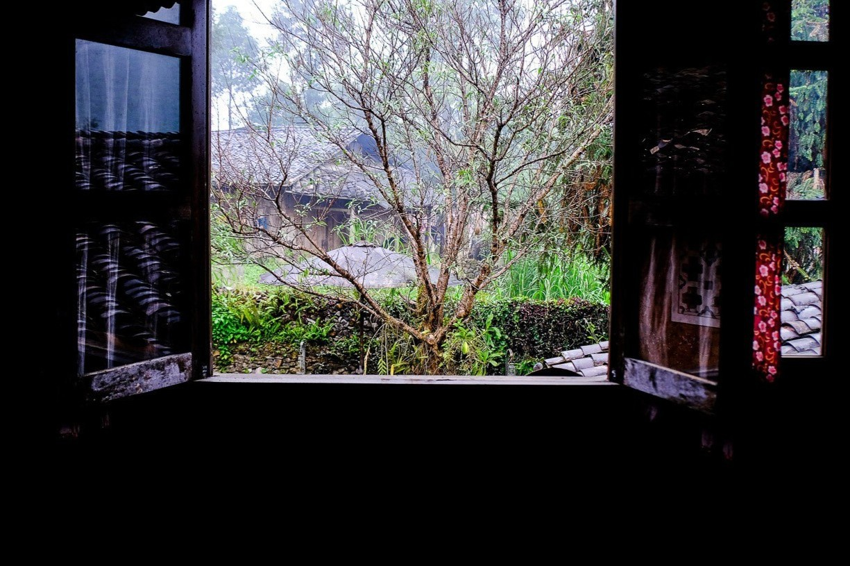 Ben trong can nha co tram tuoi tai Ha Giang-Hinh-15