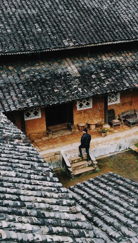 Ben trong can nha co tram tuoi tai Ha Giang-Hinh-8
