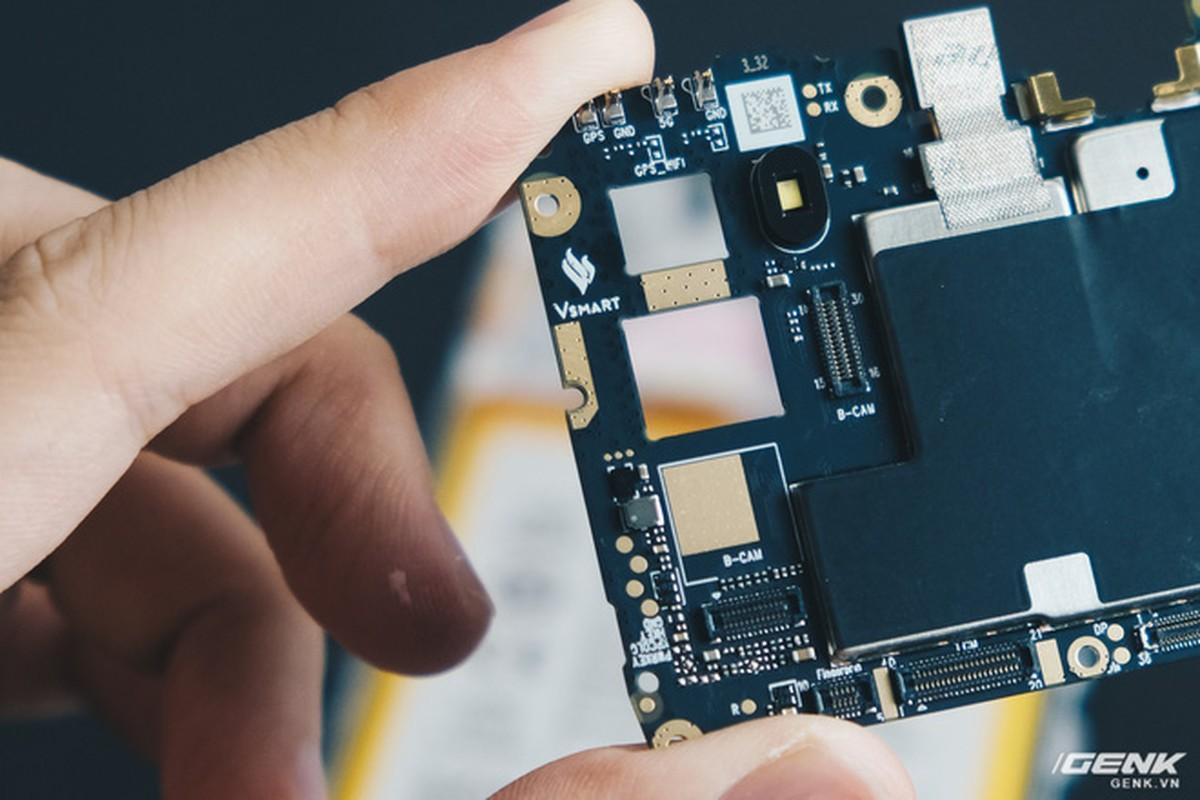 Co gi ben trong smartphone gia 2.69 trieu cua VinSmart?-Hinh-15