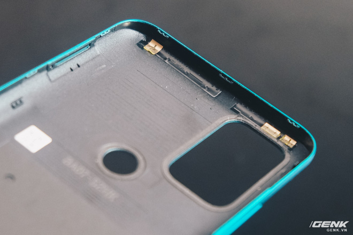 Co gi ben trong smartphone gia 2.69 trieu cua VinSmart?-Hinh-5
