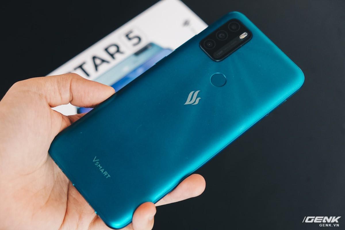 Co gi ben trong smartphone gia 2.69 trieu cua VinSmart?