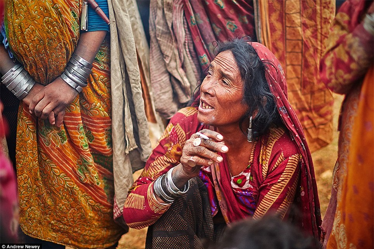 Cuoc song cua bo toc san bat cuoi cung o Nepal o the ki 21-Hinh-3
