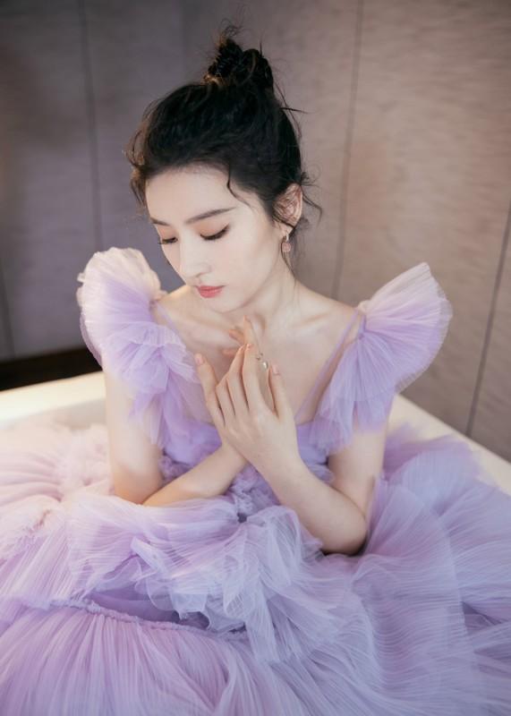 Nhung my nhan vao vai Dieu Thuyen-Hinh-3
