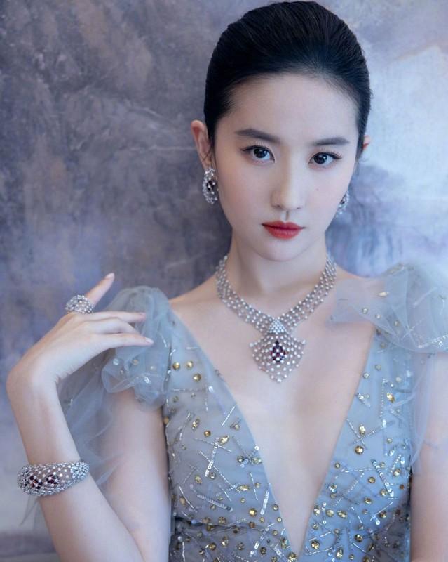 Nhung my nhan vao vai Dieu Thuyen-Hinh-4