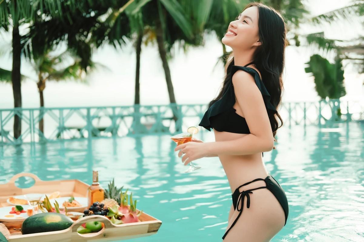 Nu sinh Hoc vien Hang khong la mau anh noi tieng o TP.HCM-Hinh-2