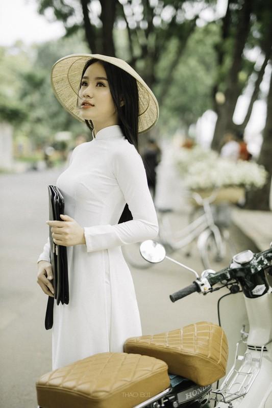 Nu sinh Hoc vien Hang khong la mau anh noi tieng o TP.HCM-Hinh-5
